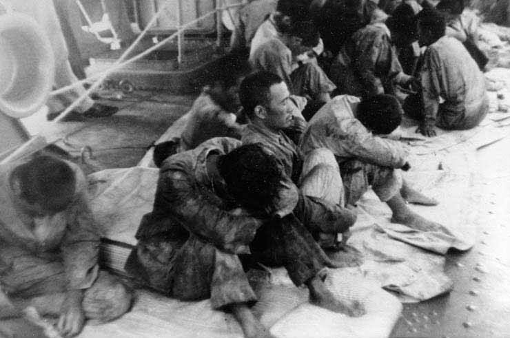File:Survivors of Hiryu USNA 80 G 79974 1.jpg