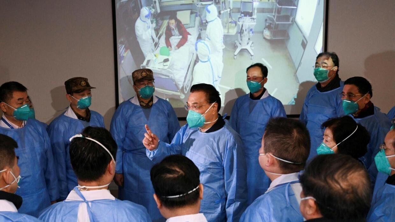 Thủ tướng Trung Quốc Lý Khắc Cường (Li Keqiang) tới thị sát bệnh viện Kim Ngân Đàm (Jinyintan), Vũ Hán, ngày 27/01/2020