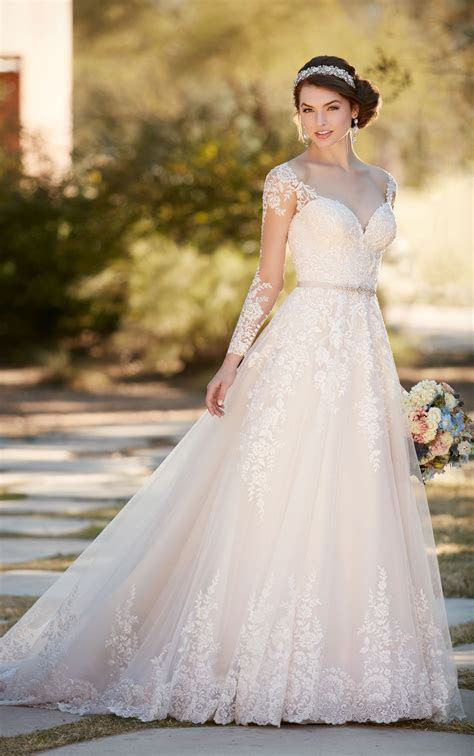 A line Wedding Dress with Organza Skirt   Essense of Australia