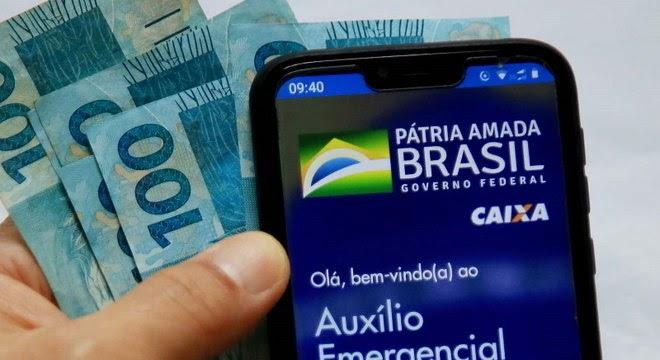Auxílio Emergencial: Caixa começa a pagar segunda parcela de R$ 300 a beneficiários do Bolsa Família