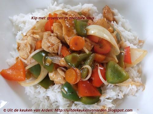 Kip met groenten in zoetzure saus