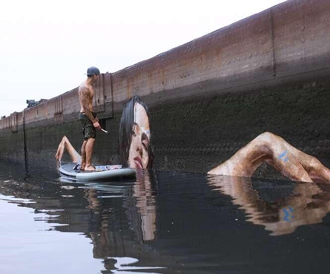 Artista pinta murais incríveis enquanto se equilibra em prancha