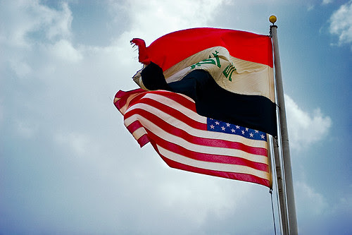 85.365_us_iraq_flags