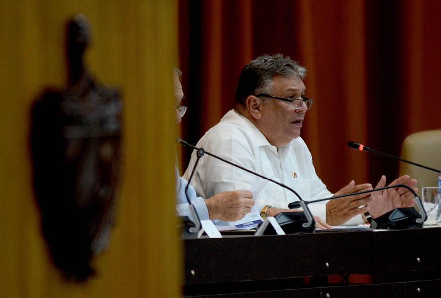 0711-asamblea-plenario-informes7.jpg