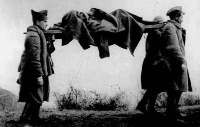 Αποτέλεσμα εικόνας για Για τους πεσόντες του Έπους 1940-41