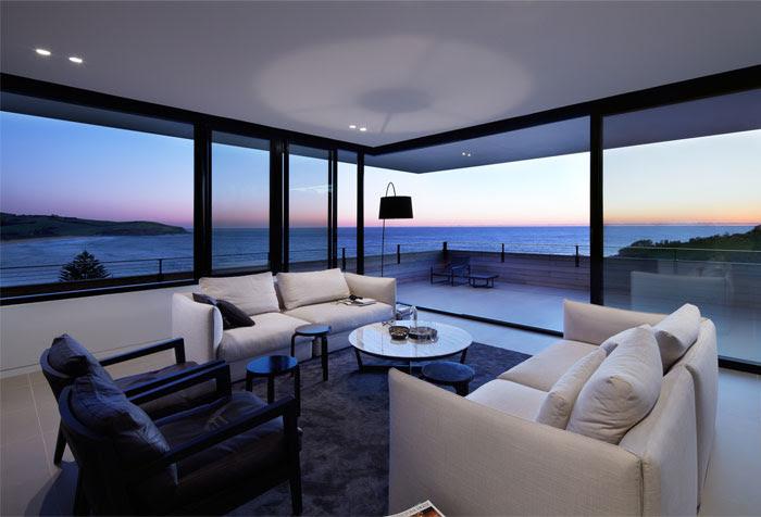 Contemporary Beach House by Smart Design Studio InteriorZine