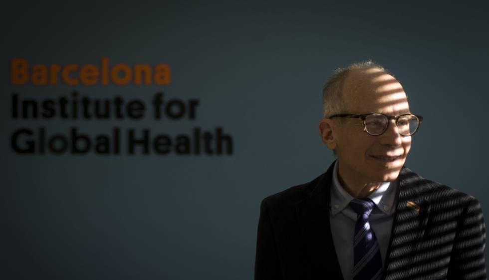El profesor Lawrence Gostin, en la sede del ISGLOBAL de Barcelona el pasado martes