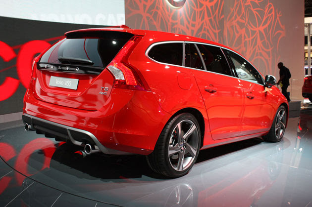 2011 Volvo V60 and S60 R-Design