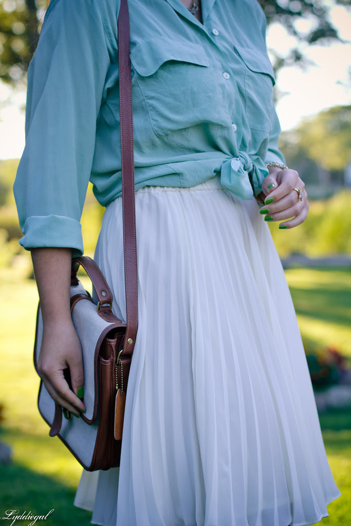 Mint + Pleats-1.jpg