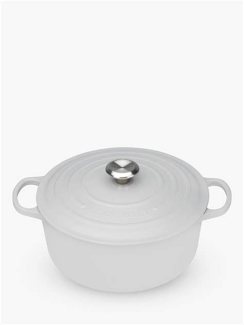Le Creuset Signature Cast Iron Round Casserole at John