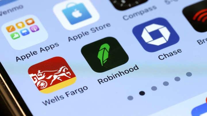 Robinhood Gamestop Amc - Shadowy New York financial