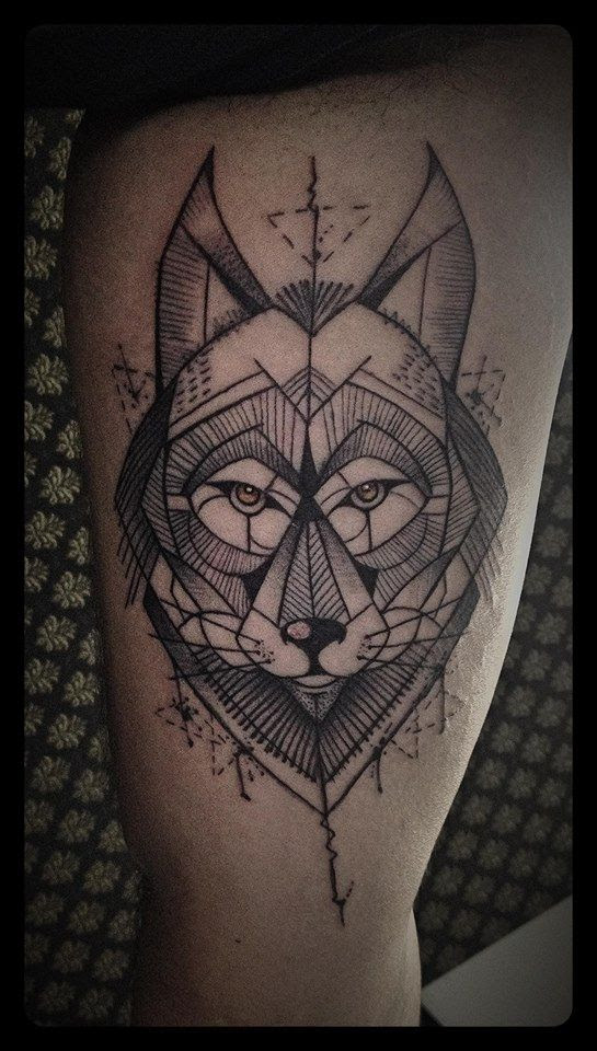 Amazing Geometric Wolf Tattoo By Tyago Compiani Tattoomagz