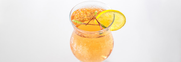 5 Mocktails For Entertaining: Non-Alcoholic Drinks Everyone Will Love