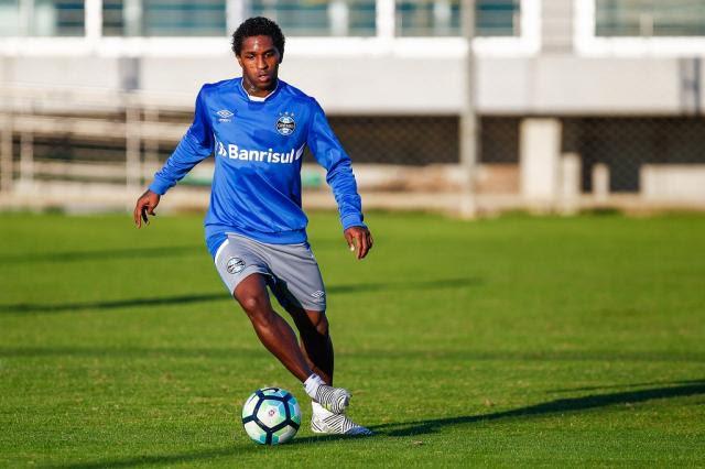 Renato volta a relacionar Bolaños no Grêmio para enfrentar o Palmeiras Lucas Uebel / Grêmio, Divulgação/Grêmio, Divulgação
