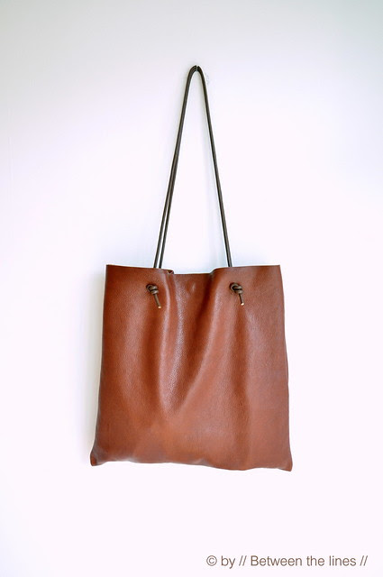 Simple leather bag tutorial