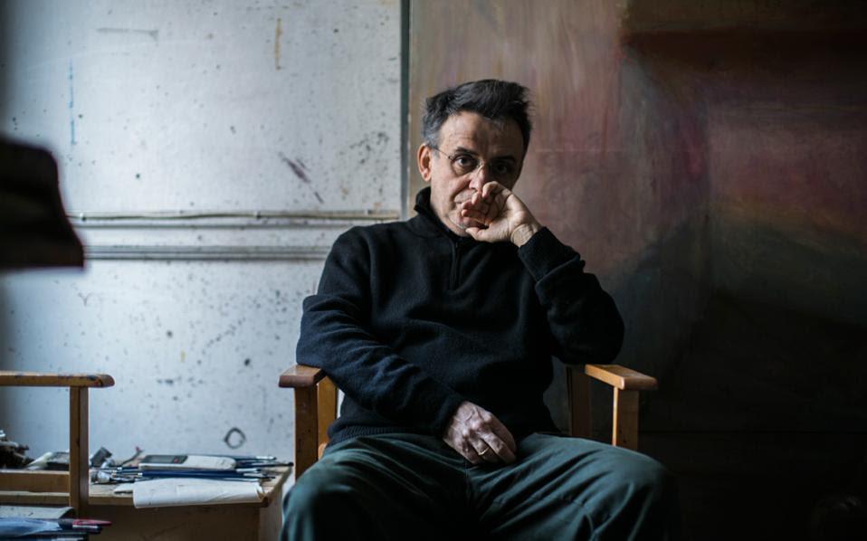 «Ο ζωγράφος πρέπει να βρει τι λείπει από αυτόν τον κόσμο για να το βάλει στα έργα του», λέει ο Γιώργος Ρόρρης.