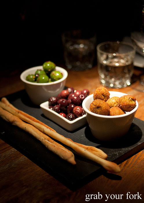 olives hunky dory social club darlinghurst