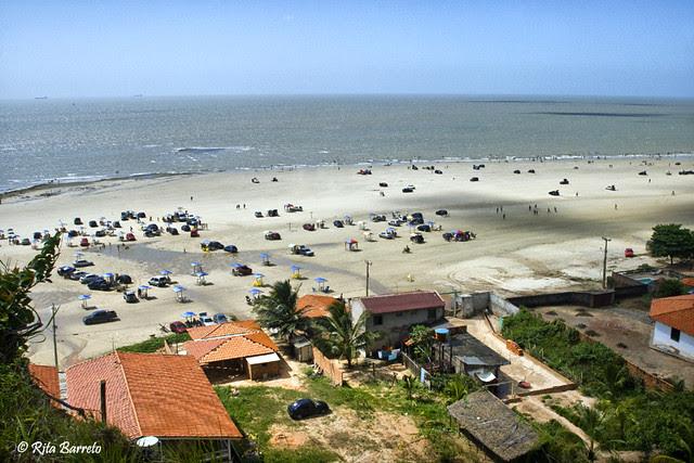 Resultado de imagem para praia araçagy são luís
