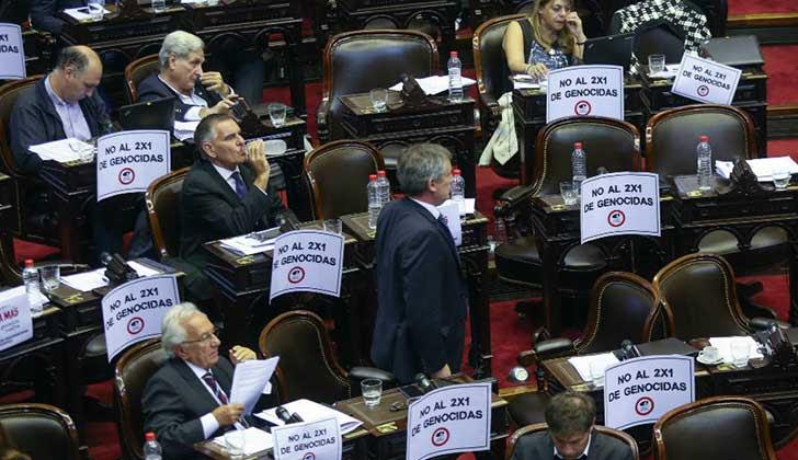 Diputados argentinos aprobaron proyecto de ley para excluir del beneficio del 2x1 a los genocidas. Foto: Ámbito