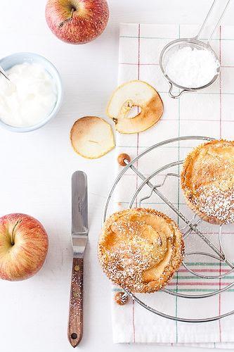 Apple Cardamom Cakes