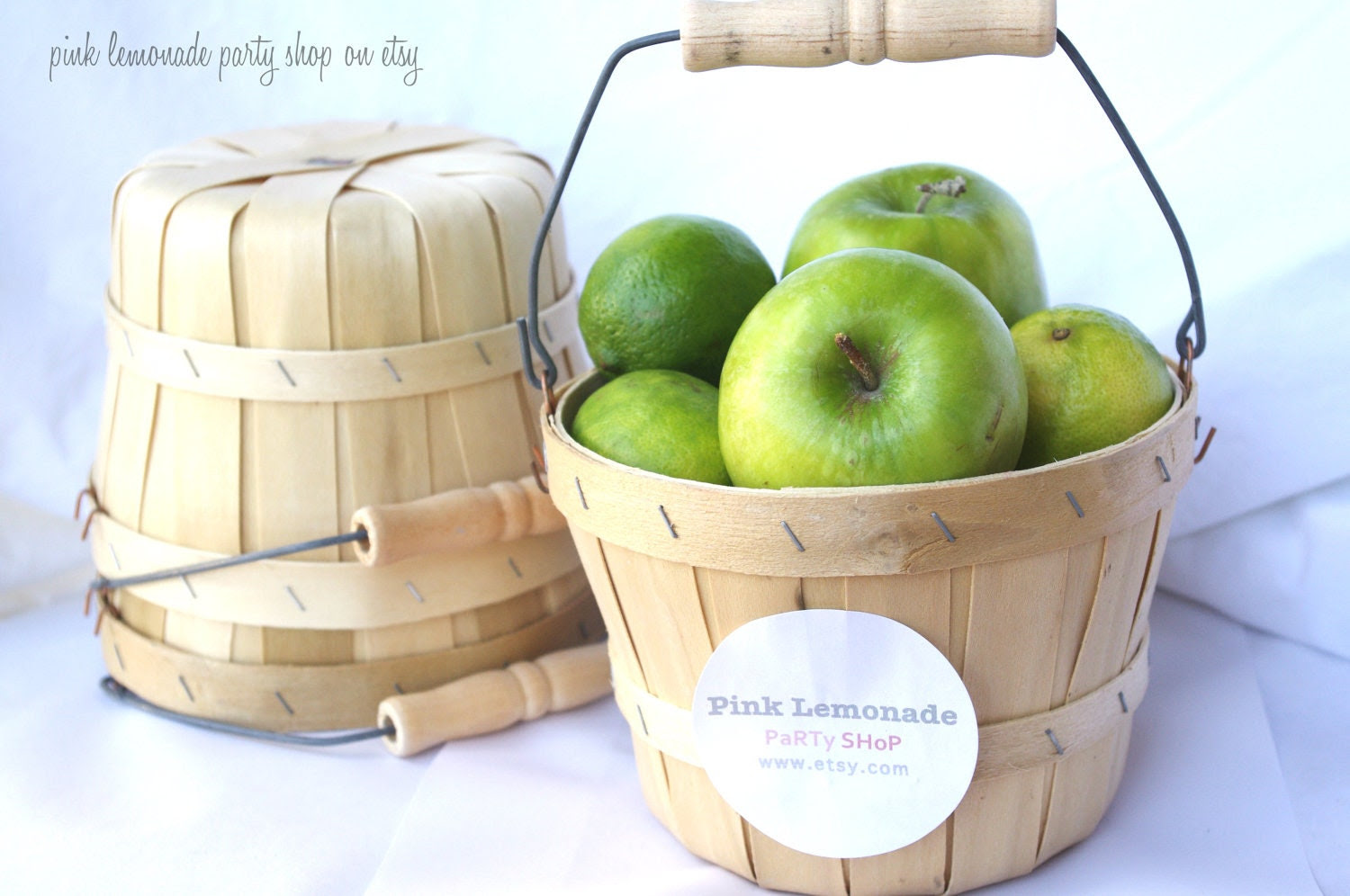 MiNi APPLe BaSKeTS-set of 3-ADorable birch wood baskets with handles--party favors-weddings-centerpieces--add labels or twine - pinklemonadeparty
