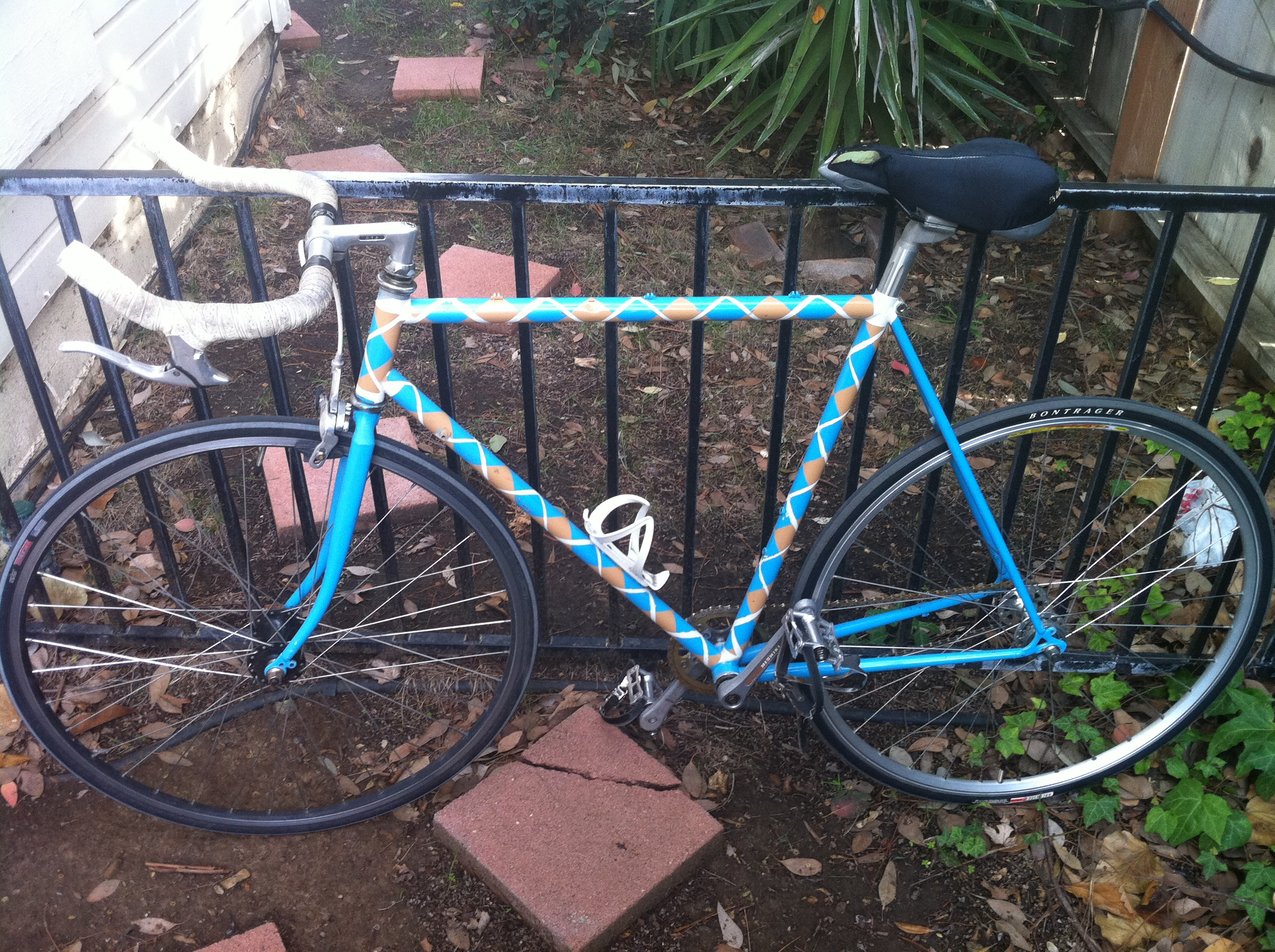 How To Paint Your Bicycle Argyle Using Spray Paint The Quest For