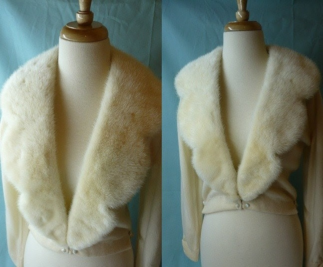 Winter Wedding Day Cropped Cashmere Cardigan with Fur and Lace