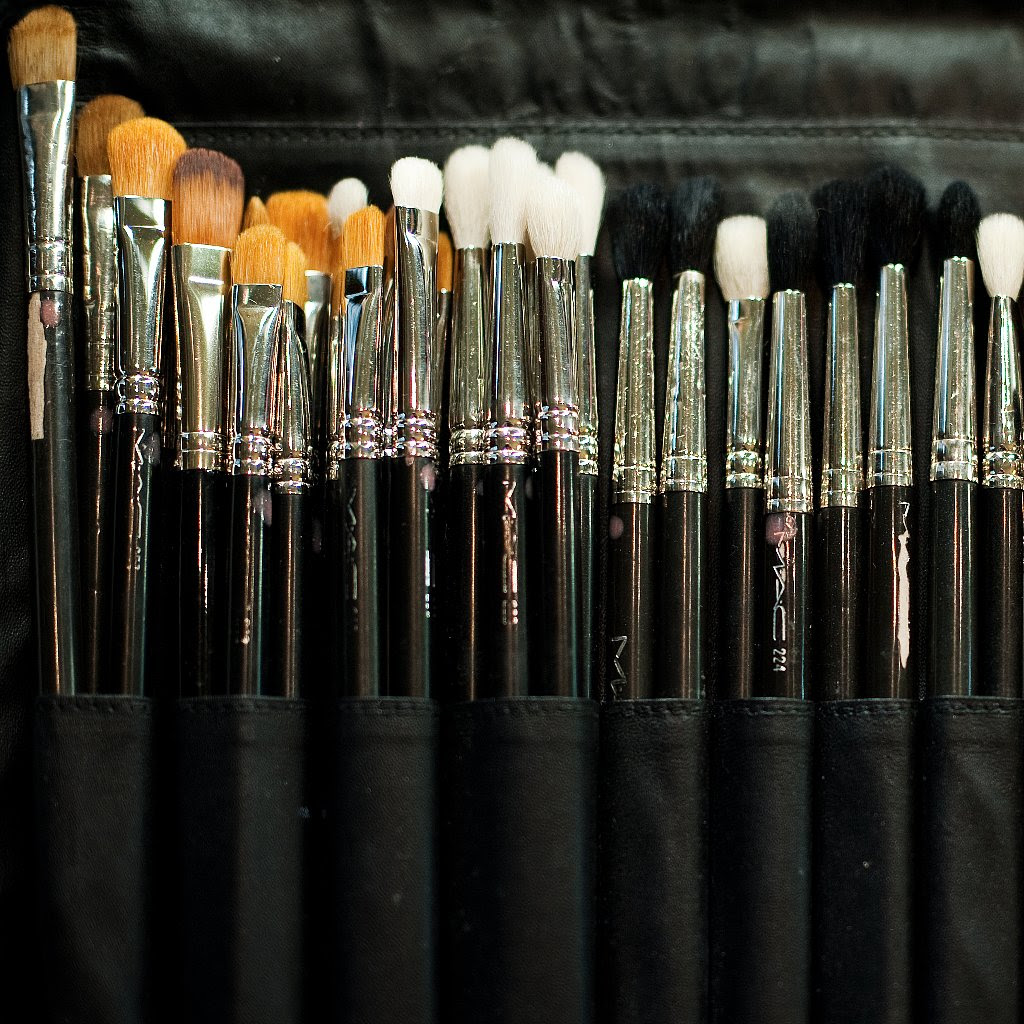 How to Clean Makeup Brushes | POPSUGAR Beauty