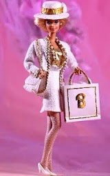 La mitica Barbie, maestra dello shopping