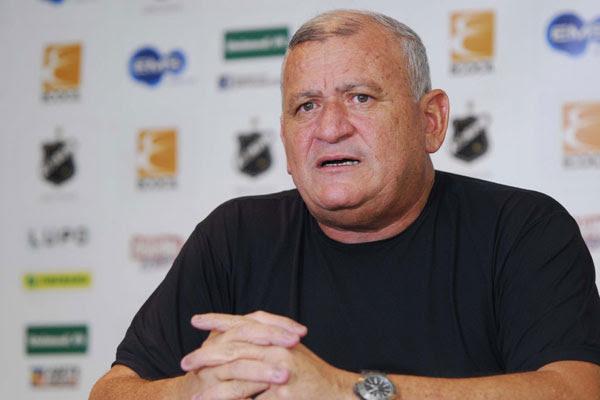 Flávio Anselmo não acredita com o fim de investidores