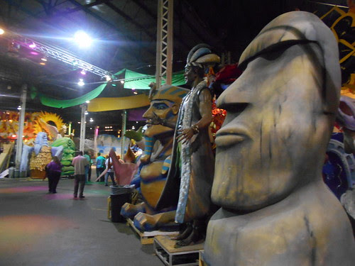 mardi gras world (13)