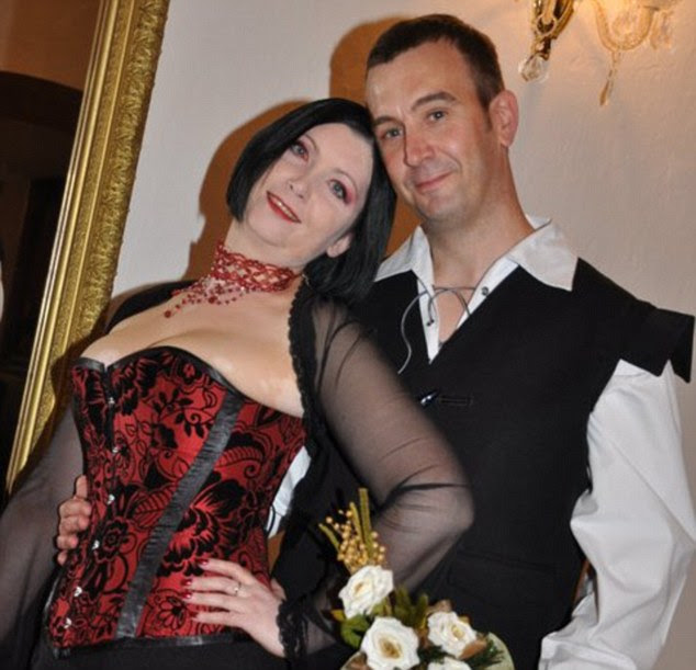Murdered and beheaded British Aid worker David Haines and his wife.