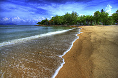 Rebak beach in psycho-active technicolour! by h00j-A