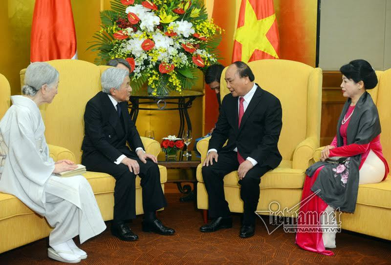 Nhà vua Nhật Bản, Hoàng hậu Nhật Bản, Nhật Hoàng, Thủ tướng Nguyễn Xuân Phúc