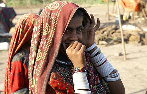 Mujeres vestidas para el festival del Navratri.  A.G.