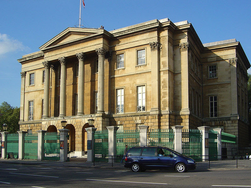 File:Apsley House 1.JPG