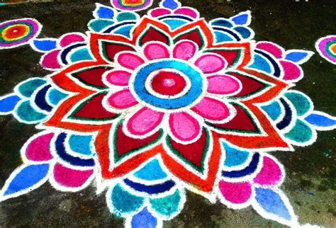 Simple rangoli designs with flowers and colours   Fashion