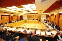 ΚΕΔΕ εγκαλεί Ρακιντζή για τα περί διαφθοράς στην Aυτοδιοίκηση