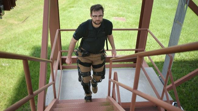 "Lockheed Martin's ""Iron Man""-like leg suit catches U.S. Army's eye ile ilgili görsel sonucu"