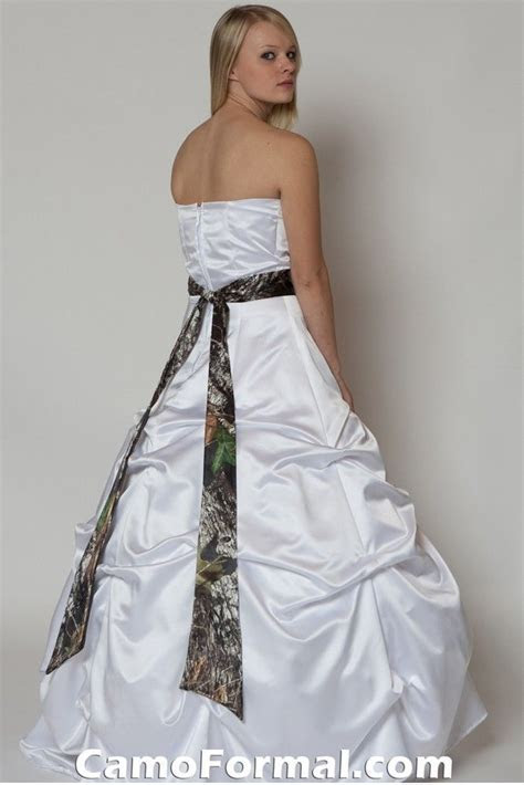 White Camo Wedding Dress   Camo Wedding Dresses