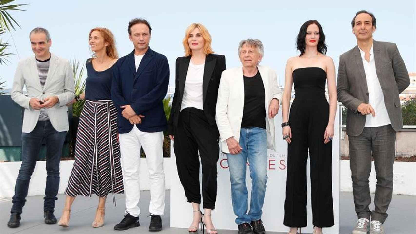 El equipo de la película junto a Roman Polanski en Cannes.