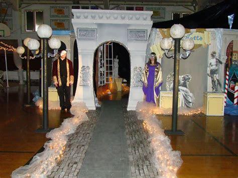 Italian themed prom, party decorations   Italian Potluck