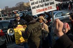 Fundamentalist Christians vs. The Crowd
