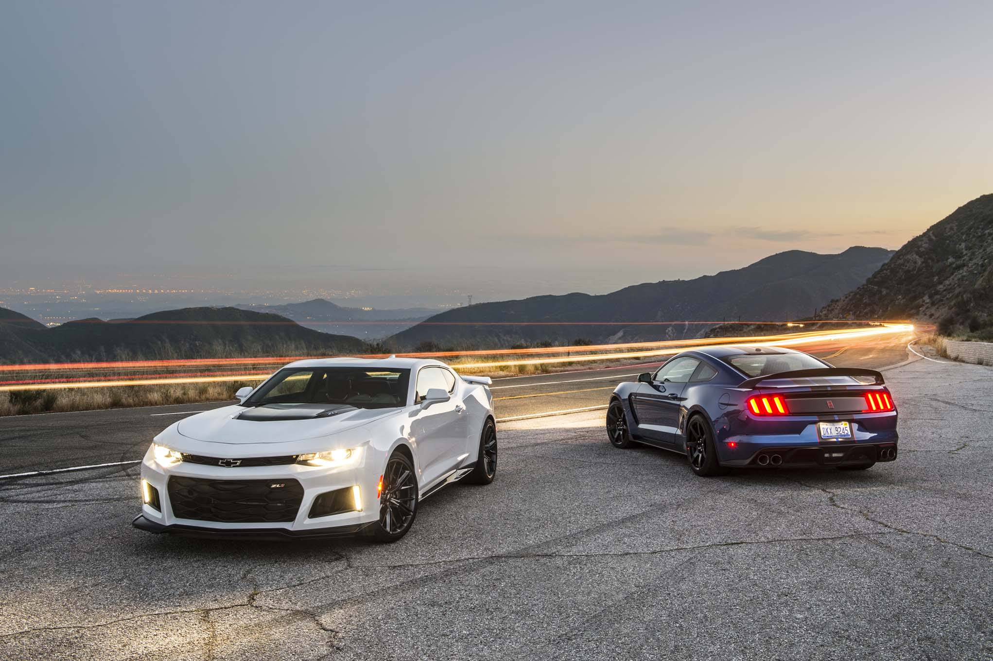 Shelby Mustang GT350R vs Camaro ZL1: A Battle of the Ages ...