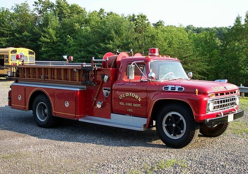 We Love Ford S Past Present And Future 1966 Ford F 750