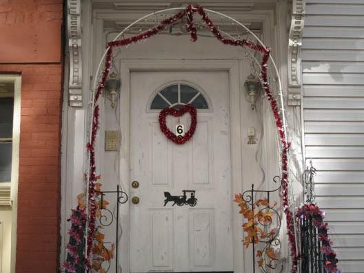 Valentine Watch--Love Front Door