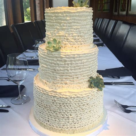 wedding cakes Houston   Dolce Designs