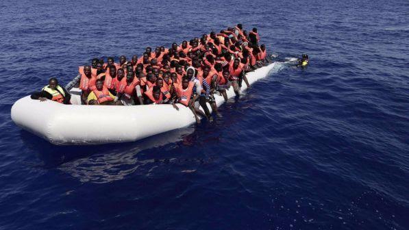 """Libia, il governo di Tripoli: """"La missione Ue incoraggia la migrazione"""""""
