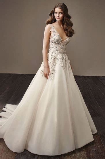 Discount Wedding Dresses   Designer Wedding Dresses   VOWS