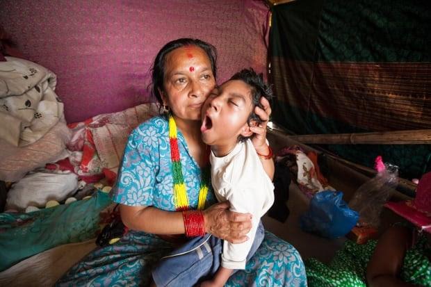 Nepal kids/C04-1.jpg